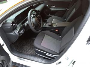 YouDrive Mercedes-Benz A200